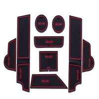 коврики volvo оптовых-Нескользящая резиновая внутренняя дверь автомобиля подлокотник хранения панели мат держатель чашки слот Pad крышка наклейки для Volvo XC60
