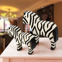 2017 Home Furnishing Nordic Holz Carving Ornamente Pony Tier Zebra Home Furnishing Home Einrichtung kreative dekorative Accessoires