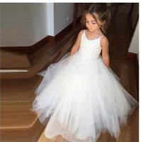 Wholesale Juniors Ball Gowns Straps - 2018 White Ball Gown Flower Girls Dresses For Kids Little Girl Lace With Spaghetti Straps Floor length Tulle Ruched Junior Girls Dresses