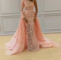eine schulter pailletten mieder großhandel-Meerjungfrau Brautkleider 2017 Illusion Lace One-Shoulder-Überrock mit Applikationen Pailletten Gericht Zug Elegante Brautkleider