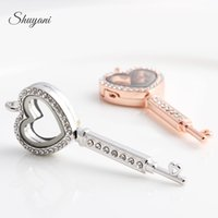 Wholesale Magnetic Shape Memory Alloys - Heart Key Shape Floating Lockets Pendants with Rhinestone Magnetic Openable Living Memory Locket without Chain Mix 4 Colors