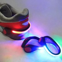 Chaussures de sport LED clip Décoration Safety Light poignet en plastique Signal flash lumineux vélo vélo Cyclisme Party