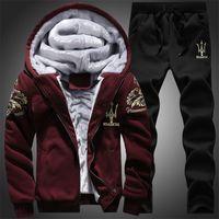 casaco de veludo xl venda por atacado-Atacado-Frete grátis 2016 New arrival menswear moda casual sports suit mens Wear veludo hoodies / moletom casaco + calça de treino