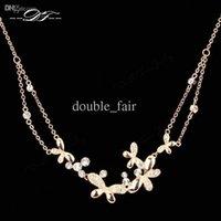 marcas de joyas de época al por mayor-Mariposa CZ Collares de diamantes Colgantes Marca de moda Weding Joyería vintage / Joyería para mujeres Cadenas Accessiories DFN038