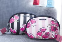 Wholesale Shell Barrel - 2017 new Victoria's, secret, Vitoria's Secret VS, flowers, shells, PU makeup bag, fashion simple makeup bag free shipping