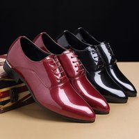 Wholesale Men S Pointed Shoes - The new 2017 Hot fashion men 's leather shoes Pointed British male shiny business casual shoes comfortable PX007