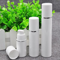 bomba para loción al por mayor-15ml 30ml 50ml Botella de bomba sin aire blanca de alta calidad - Dispensador de crema cosmética recargable para el cuidado de la piel de viaje, envase de embalaje de loción de PP