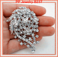 Wholesale sell wedding bouquets - High Quality Clear Crystal Wedding Bridal Bouquet Pin Brooch Women Corsage Jewelry Party Jewelry Pins Hot Selling Elegant Lady Scarf Pin