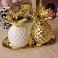 Wholesale Gold Piggy Bank - Wholesale- Export Europe gold pineapple ceramic decorative piggy bank storage jar Decoration good quality 2 color