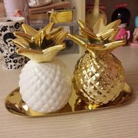 Wholesale Gold Piggy Bank - Wholesale- Export Europe gold pineapple ceramic decorative piggy bank storage jar Decoration good quality 2 color