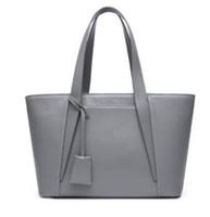 Wholesale Designer Bas - 2017 new Genuine leather Handbags Women Tote Shoulder Bag Bucket Women Bag Luxury Designers Famous Brand Ladies Messenger Ba