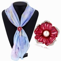 Wholesale Silk For Scarfs China - Women Lady Crystal Imitation Pearl Flower Scarf Buckle Wedding Brooch Christmas Pins for Silk Scarves Fashion Jewelry DHH007