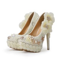 Wholesale White Platform Pumps Diamonds - Exclusive New Style Wedding Shoes White Pearl High Heel Platform Bridal Wedding Pumps Luxurious Rose Flower Diamond Prom Shoes