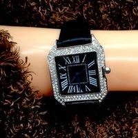 homens relógio bracelete de aço quadrado venda por atacado-Trendy praça dial Mulheres Assista caso de prata de Aço Inoxidável Pulseira De Luxo top marca homens relógio de quartzo de Alta Qualidade esporte casual
