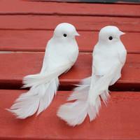 ingrosso artigianato decorativo domestico-10 pz 12 * 5 * 5 cm colombe decorativi piuma artificiale piuma mini uccelli bianchi con magnete mestiere uccelli decorazioni per la casa decorazioni per la casa