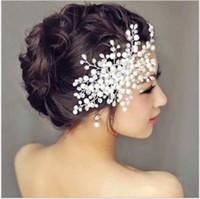 flor peine tiara al por mayor-Para casarse con la novia boda accesorios para el cabello flor coreana tocado de la novia flor hecha a mano perlas de cristal peines tiara de la boda de la perla