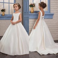 Wholesale kids simple gowns - Simple Plain Satin White Ivory Princess Flower Girl Dresses 2017 Backless with Bow Sash Kids Formal Wear Gowns Birthday Party Pageant Dress