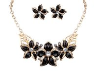 Wholesale Sf Wedding - 18K Gold Plated Austrian Crystal Enamel Flower Charm Choker Necklaces Earrings Jewelry Sets Fashion African Jewelry 4 Colors SF