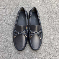 Wholesale Floor Waxing - 2017Moccasin in waxed calf leather with ornamented accessory and rubber outsole casual genuine leather free shipping size38-45