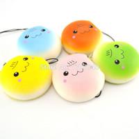 sangle de pikachu achat en gros de-Gros-30 pièces / lot Kawaii Squishy Pikachu Motion Un Peu Doux Bun Téléphone Sangles Pain Brûlé Charms En Gros