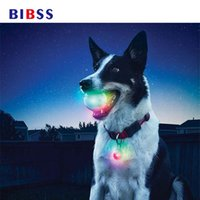 Wholesale glowing night ball resale online - Pet Glowing Bite Ball Night Ball Dog Cat Boredom Toys Nighttime Outdoor Playing Interactive Toys Dog Gift Pet Supplies