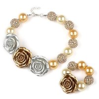 Compra Piuttosto Fiori Argento-Bracciale Collana Bubblegum Pretty Baby, Oro, Argento in rilievo Chunky 3 Big Rose Flower Girls collana Set infantili Party Dress Up