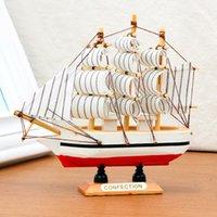 holzboot schiff modell großhandel-10 STÜCKE Handgemachte Hölzerne Schiffsmodell Piraten Segelboote Spielzeug Für Kinder Wohnkultur nicht Abnehmbar