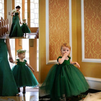 Wholesale Green Ball Gown Wedding Dresses - Lovely Cheap Emerald Green Ball Gown Flowergirl Wedding Dresses Tulle Floor Length Kids Communion Dresses Flower Girls Dresses