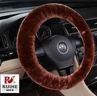 ingrosso volante in pelle marrone-Coprivolante in pelle di pelle di pecora marrone 1PC Genium Materiale di lana per l'inverno Coprivolante moda auto Decorazione sterzo auto