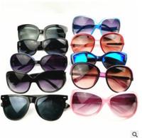 çok renkli yuvarlak güneş gözlüğü toptan satış-Yuvarlak moda gözlük erkekler ve kadınlar yeni popüler güneş gözlüğü mix ve maç renk UV400 çok renkli büyük len