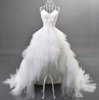feder lang echt großhandel-Kurzes vorderes langes rückseitiges Hochzeits-Kleid-neues Entwurfs-Kristall-Feder-Rüsche-Tulle-hohe niedrige Brautkleider vestido de noiva Real Photo W105