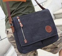 Hot Mens Retro Leisure bag Bolsa de varejo Bolsas de ombro Leisure Schoolbag Messenger Bag Computador de couro Bolsa masculina Atacado e varejo D352
