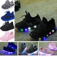 luces intermitentes para zapatillas al por mayor-Zapatillas Led Niños Niñas Zapatillas Zapatos de coco Zapatos de luz intermitente Niños Zapatos respirables Niños Zapatillas inferiores suaves Zapatos casuales WX-C10