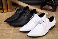bräutigam männer schuhe weiß großhandel-2016 weißer Bräutigam Hochzeit Schuhe Oxford klassische italienische Herren Leder Schuhe Hochzeit Männer Schuhe weiße Hommes Italine US-Größe 10,5