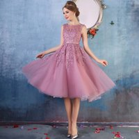Wholesale Cute Knee Length Prom Dresses - Cheap Lace Knee Length Cocktail Dresses 2017 New Lovely Cute Appliqued Beaded Zipper Back Short Party Prom Evening Gowns CPS298