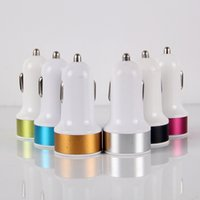 Doppel USB Car Charger Kontrast Farbe Metall Adapter Ausgang 5 V 2A Für IPad IPhone 6 s 6 plus Tablet PC HTC
