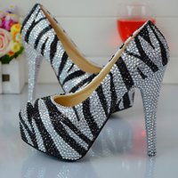370a2b7a5 Zapatos de fiesta con punta cerrada de cristal de cebra Tacón alto para  dama punta redonda Plata y diamantes de imitación negros Zapatos de novia  de boda ...