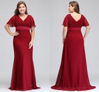neues sexy rotes v-ausschnitt großhandel-2018 New Günstige Dark Red Plus Size Anlass Kleider mit kurzen Ärmeln V-Ausschnitt Falten Chiffon Formale Abend Prom Kleider CPS715