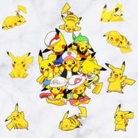 calcomanías de dhl al por mayor-Nueva Pikachu Decal extraíble etiqueta de la pared Home Decor Art Kids / Children / Nursery Loving Home Decoration regalo para niños DHL B0455
