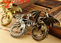 A3621 43 * 46MM Antique Bronze Chinese Dragon Pendant DIY bijoux faits à la main en gros, charme de dragon en Chine, bijoux en argent tibétain vintage
