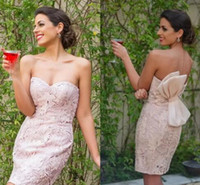 Compra Luce Notturna Sexy-Vestiti da cocktail in raso rosa chiaro sexy Sweetheart Mini Short Sleeveless Backless party Night Club abiti da sposa breve su misura su misura