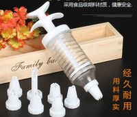 Wholesale decorating syringe set online - High Quality Nozzles Icing Cup Cake Cookie Decorating Tool Set Piping Syringe Modelling Tools Nozzles Bakeware Tool