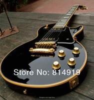 incrustations de guitares achat en gros de-Personnalisé Limited 1958 Reissue P90 Pickup Noir Guitare Électrique Crème 5 Couches Reliure Acajou Corps Bloc MOP Touche Incrustation Or Matériel