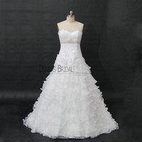 Wholesale fall flowers photos - 2017 Luxury A-line Wedding Dresses with Sweetheart Neck Strapless Bling Crystal Handmand Flowers Sweep Train Lace Ruffles Tulel Bridal Gowns