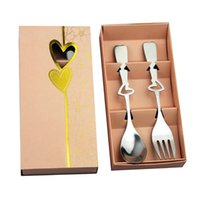 Wholesale wholesale wedding dinnerware - Stainless Steel Dinnerware Sets European Style Love Heart Creative Wedding Giveaway Portable Fork Spoon Set Party Favors 2 1ab F R