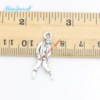 ingrosso fascini zombie-20pcs / lot argento antico placcato Walking Dead Zombie Pendenti di fascini per la collana Monili che fanno DIY Handmade Craft 17x6mm