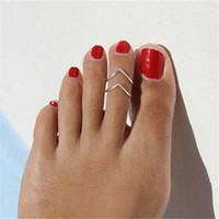 Wholesale Europe Celebrity Fashion - Wholesale- Hot Women V Shape Silver Metal Toe Ring Foot Europe Style Punk Celebrity Fashion Simple Beach Jewelry