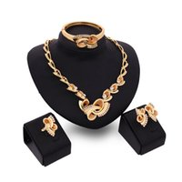 Wholesale Golden Thread Jewelry - New Fashion Women Gold Plated Screw thread Pendant Wedding Party Necklace Jewelry Crystal African Jewellery Sets