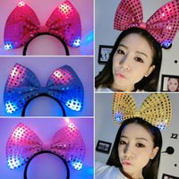 2015 New Halloween Noël LED Jouets Flash Light Pince à Cheveux Sequin Bow HeadBand Light up jouets émettant Epinette E208