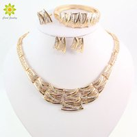 Wholesale Vintage African American Women Gifts - Women Vintage Clear Crystal Necklace Gold Plated Jewelry Sets African Costume Necklace Set Accessories